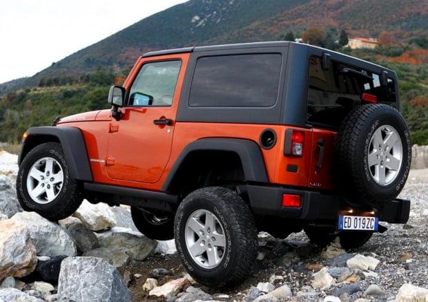 jeep-wrangler-sport-2015-2