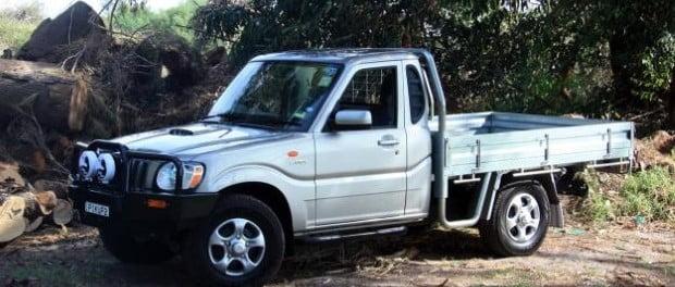 mahindra-pickup-cabina-sencillas-2015-2