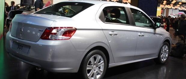 peugeot-301-sedan-2015-2