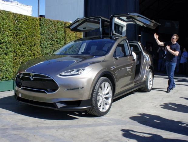 Tesla-Model-X (2)