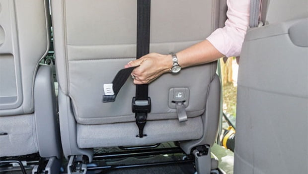 Qu son los anclajes latch e isofix para sillas for Coches para 3 sillas infantiles