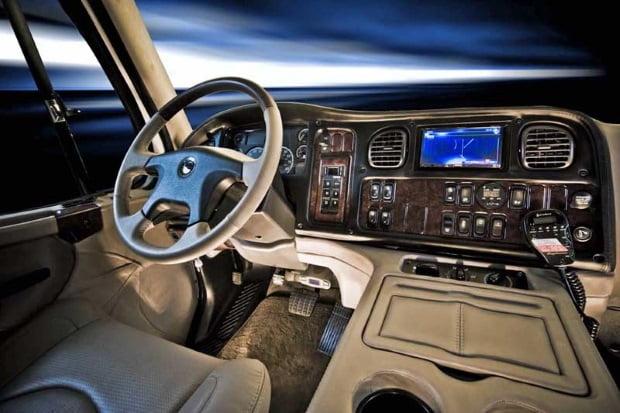 Sportchassis P4xl El Suv De Lujo Xl De Freightliner