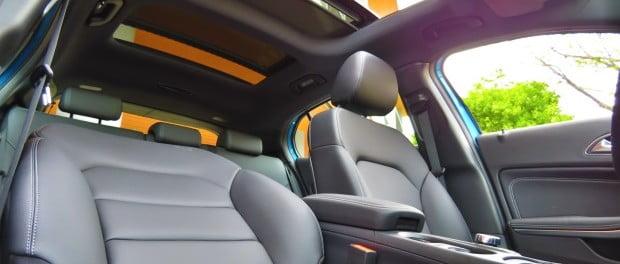 C mo limpiar la tapicer a de cuero del auto for Como limpiar asientos de cuero