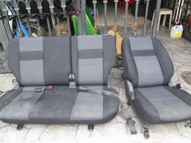 C mo limpiar la tapicer a de tela en el auto - Como limpiar tapiceria sillas ...